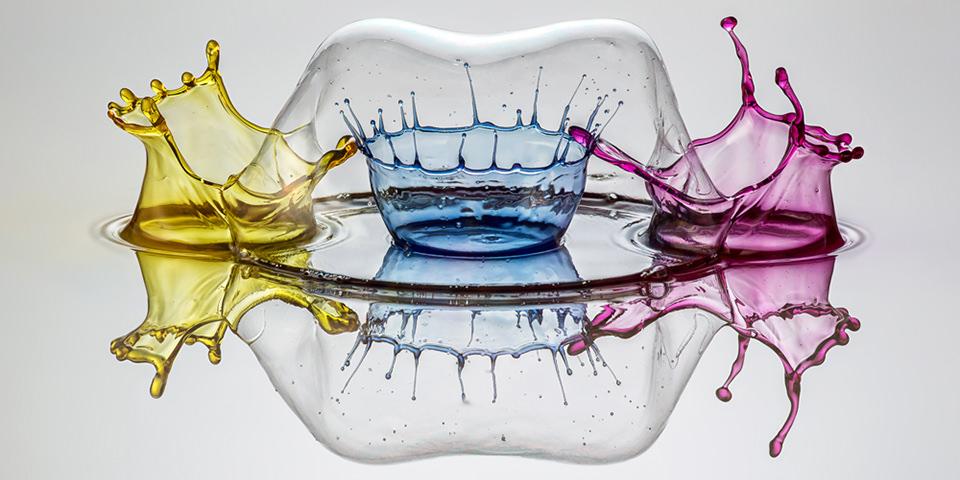 Kunstvolle Inszenierung von Flüssigkeiten