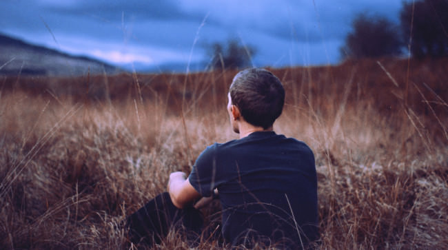 Me Sitting Grass Winter © Matt Hill