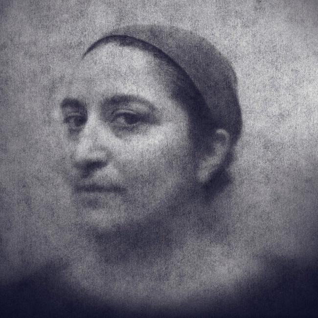 Paloma Negra © Arslan Ahmedov