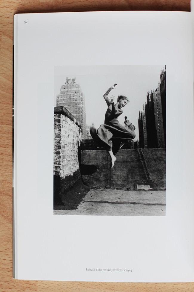 Renate Schottelius, New York 1954 © Ellen Auerbach