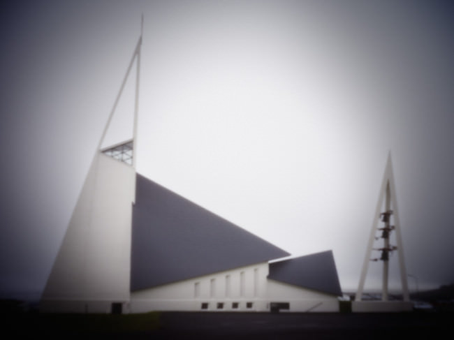 Ólafsvíkurkirkja, Ólafsvík, Snæfellsnes © Christoph Höhmann
