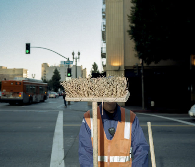Broom © Ola Billmont