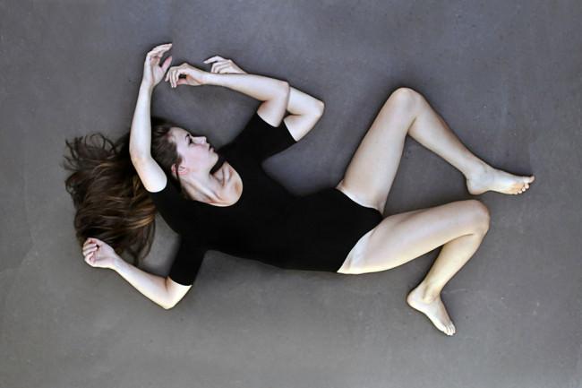twisted body © Laura Zalenga