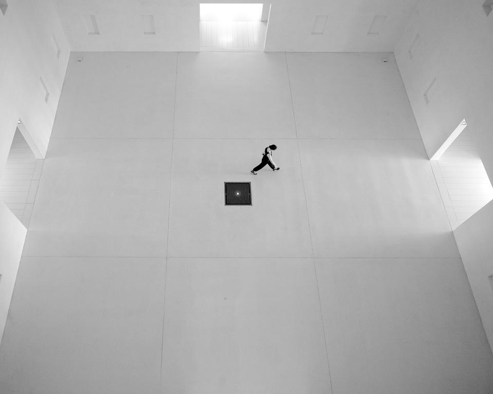 Black Hole © Magdalena Roeseler