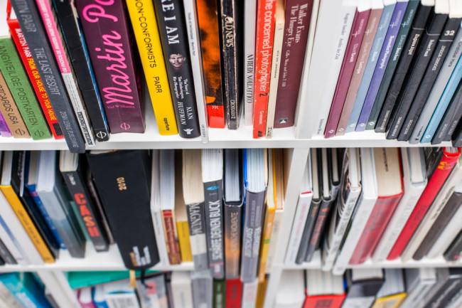 Bücherregal von Martin Gommel