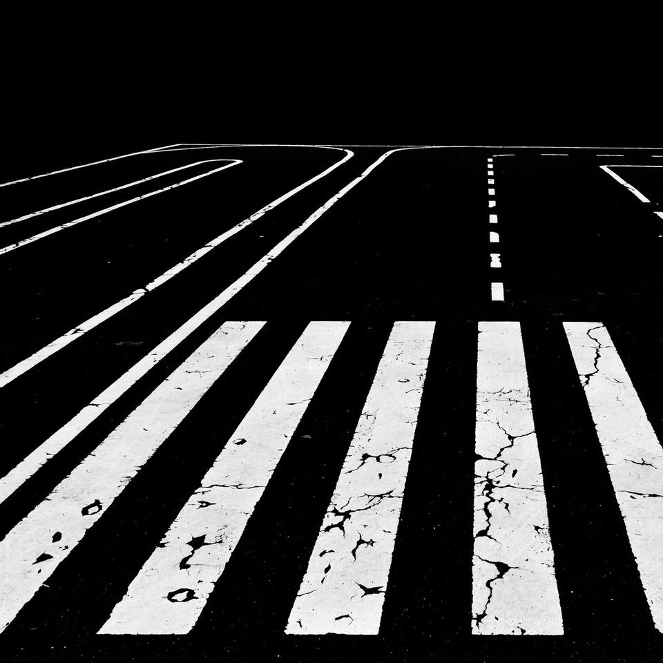 Streifen, Stripes, Street, Strasse, contrast, Kontrast, Schwarzweiss, black and white,