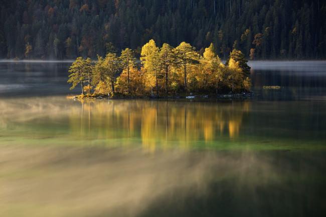 © Stefan Gerzoskovitz