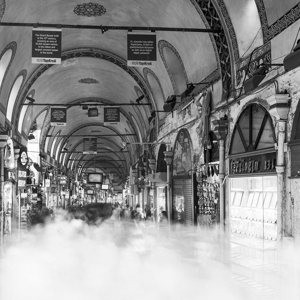 Langzeitaufnahme vom Kapali Carsi in Istanbul.