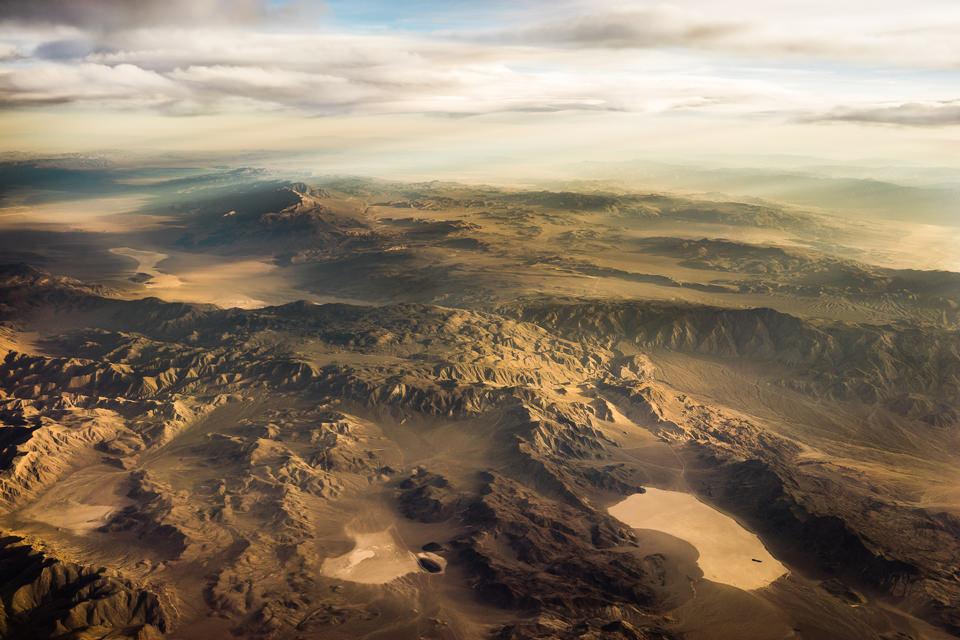 Blick von oben auf Death Valley.