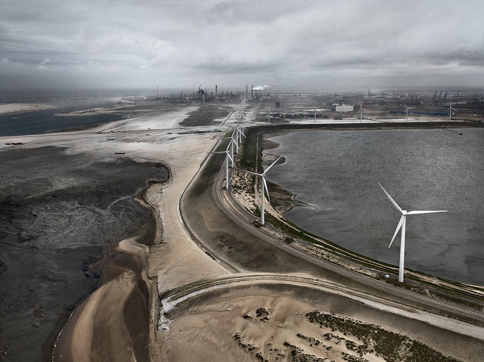 Flood Control |LeveeMAASVLAKTE, Rotterdam, The Netherlands, 2011
