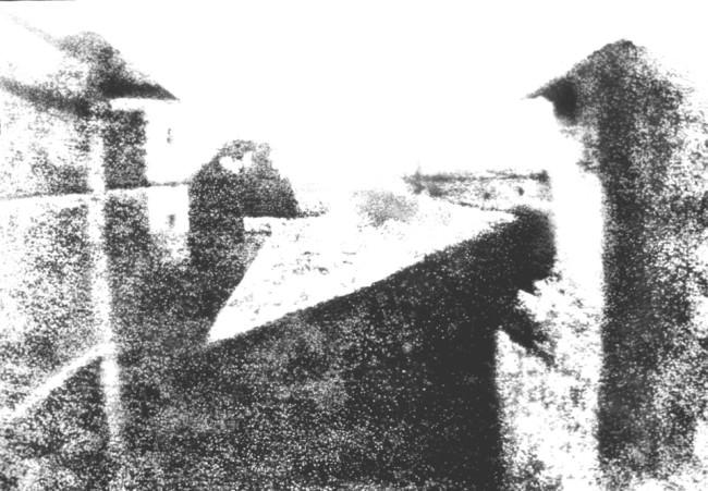 Kopie einer Kopie des Originals (Blick aus dem Arbeitszimmer von Le Gras, Joseph Nicéphore Niépce, 1826)