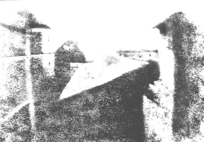 Kopie einer Kopie einer Kopie des Originals (Blick aus dem Arbeitszimmer von Le Gras, Joseph Nicéphore Niépce, 1826)