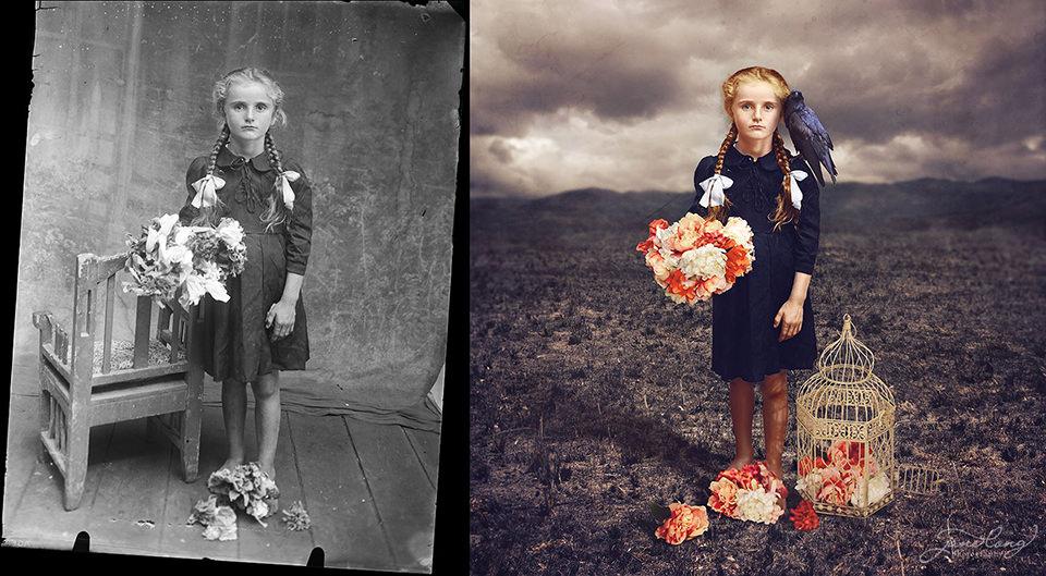 Ein Mädchen steht mit Blumenstraußt und Raben auf der Schulter auf einem Feld.