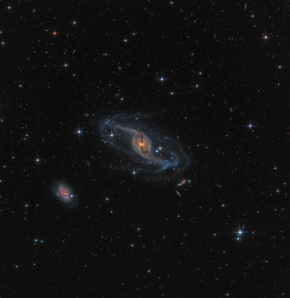 Galaxie NGC 3718