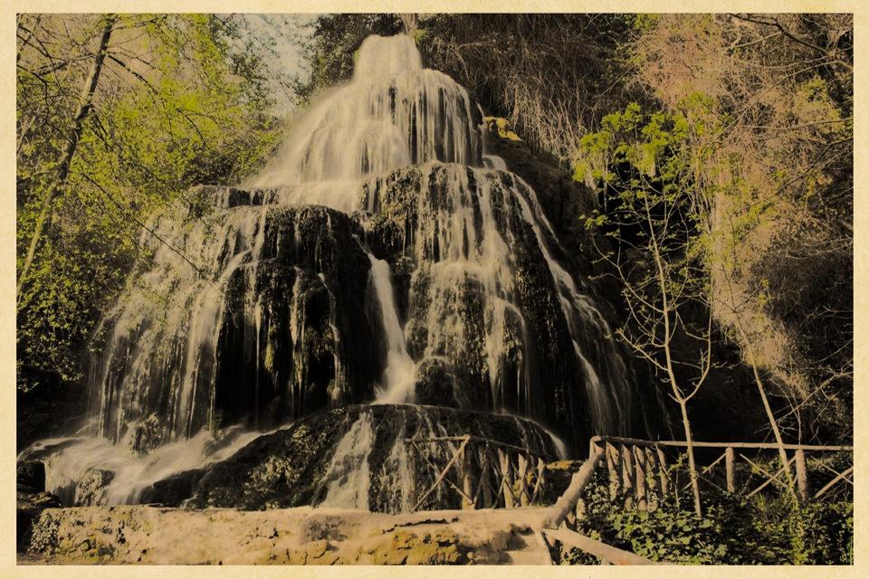 Postkarte eines Wasserfalls