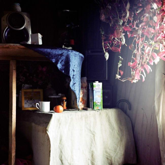 Eine Küchenecke im Licht