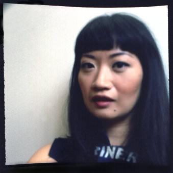 Lochkamerabild einer Frau