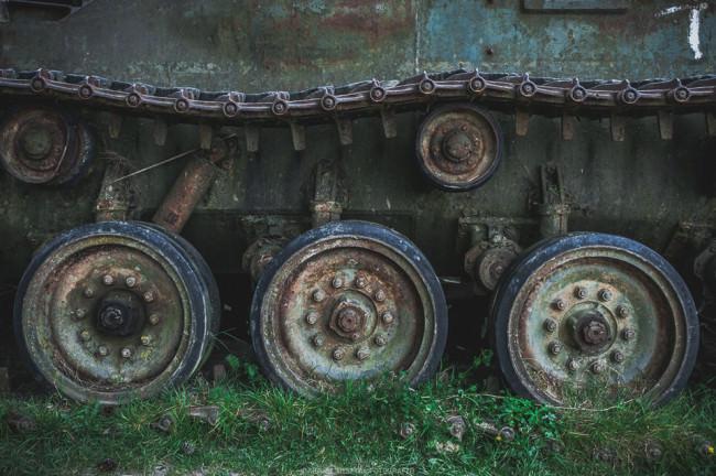 Detailaufnahme eines Panzers.