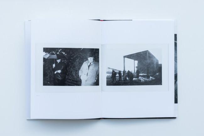 """Beispielseite aus dem Buch """"Bad Weather"""" von Martin Parr"""