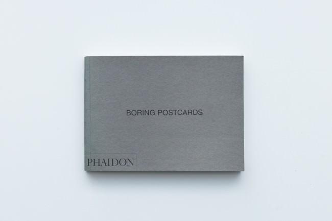 Titelseite des Bandes Boring Postcards von Martin Parr