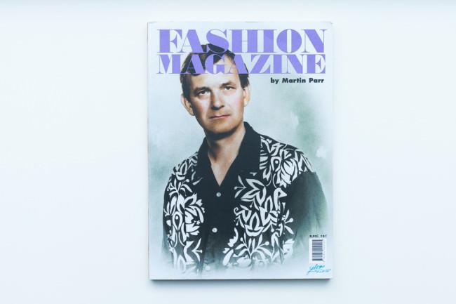 Titelseite des Bandes Fashion Magazine von Martin Parr