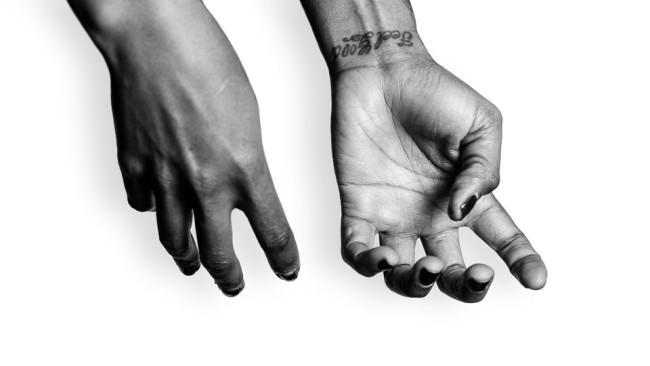 Die Hände der Divinity Roxx