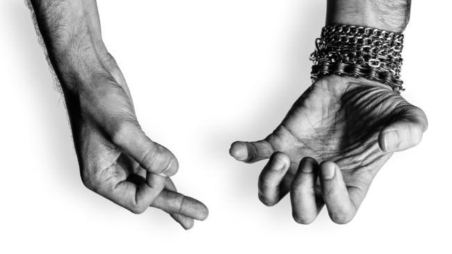 Die Hände des Omar Gusmao.