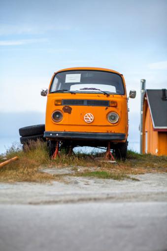 Oranger Bus