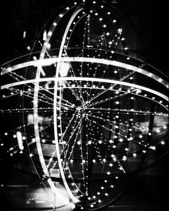 Stadtlichter in Schwarzweiß.