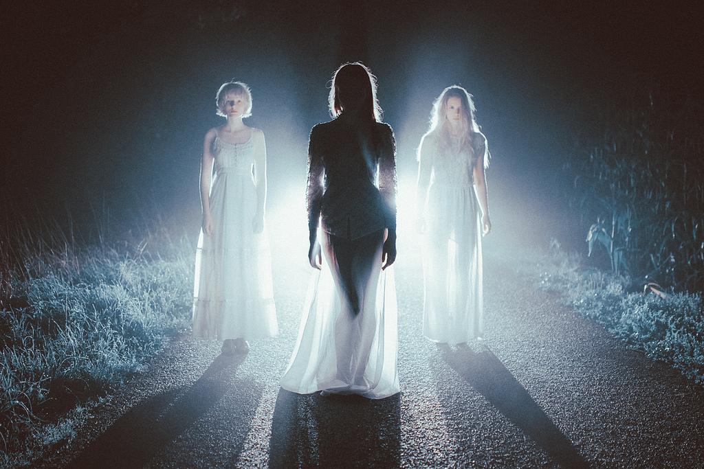 Drei Geisterfrauen