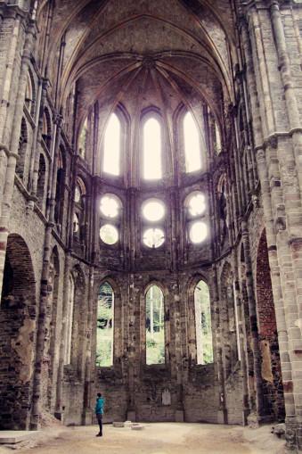 Ein verlassenes Kloster.