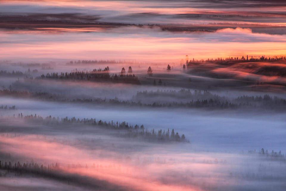 Schneelandschaft mit Sonnenuntergang