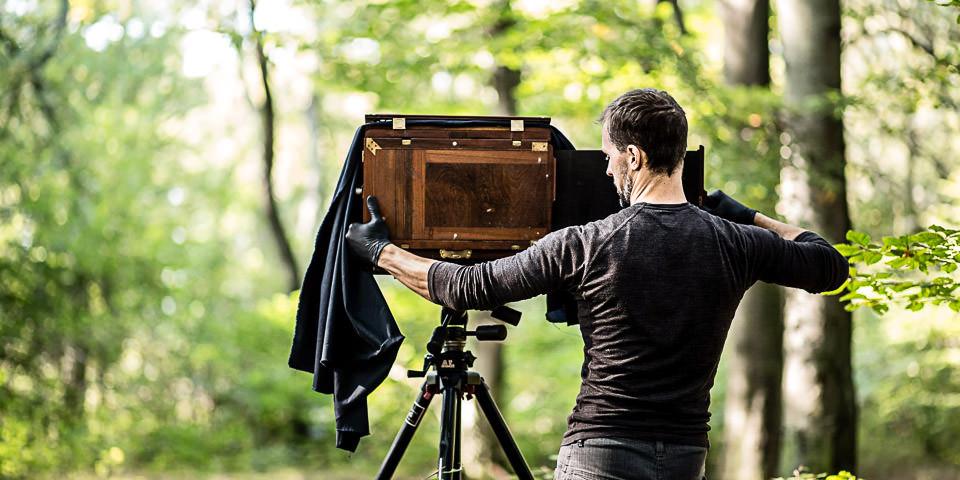 Ein Mann und seine Großbildkamera