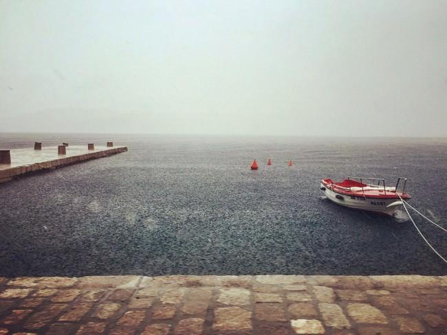 Verregneter Hafen