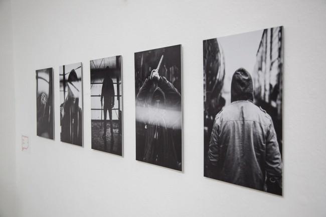 Bilderserie in einer Ausstellung