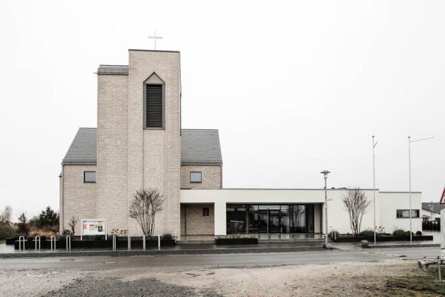 Eine neue Kirche