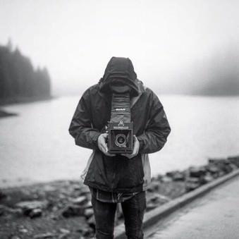 filmcamerasinternational 4 Graflex © @killindreams