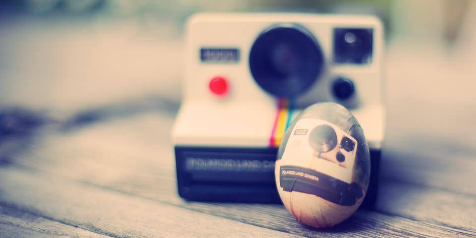 Eine Polaroid und ein Ei