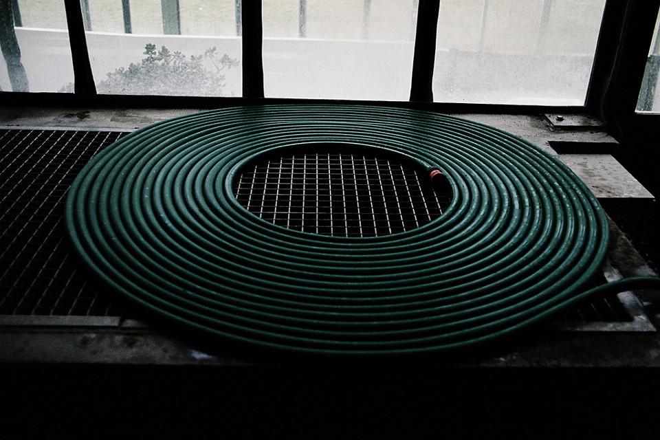 Eine zusammengerollte Kabelspirale.