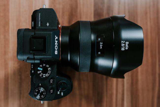 Sony Kamera mit Zeiss Objektiv