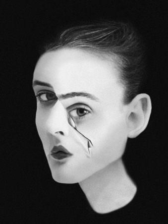 Portrait einer Frau mit Knick im Gesicht
