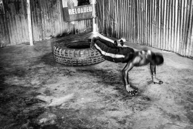 Ein Boxer beim Training