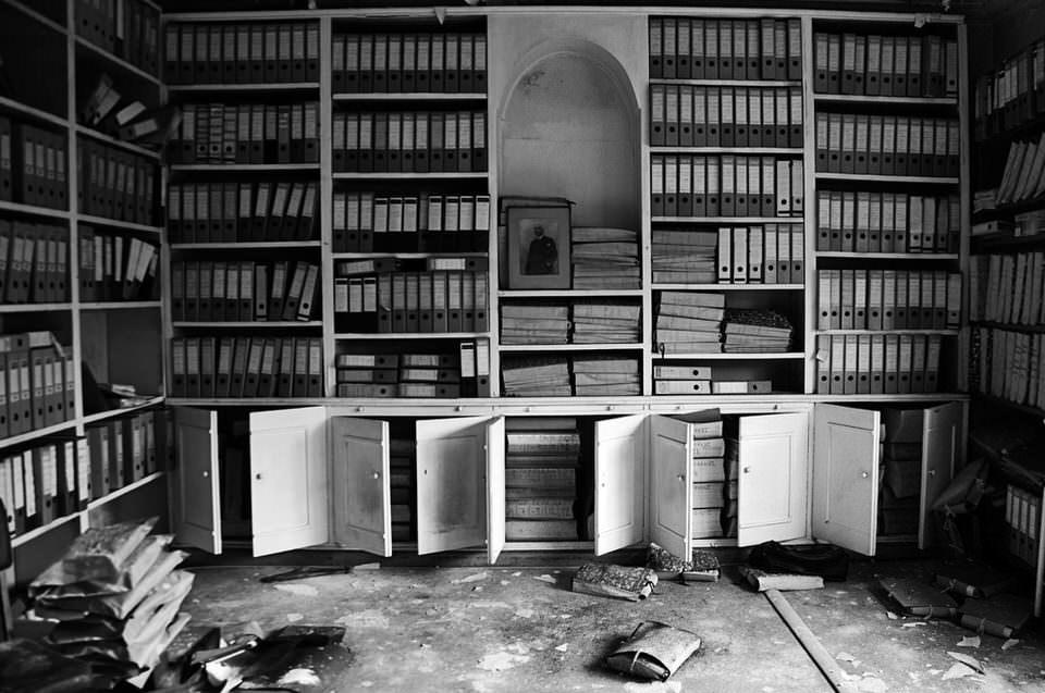 Eine alte Bibliothek