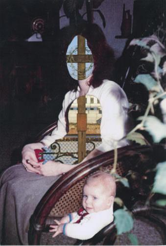 Bild einer sitzenden Frau deren Gesicht und Bauch mit Bildausschnitten überklebt wurde.
