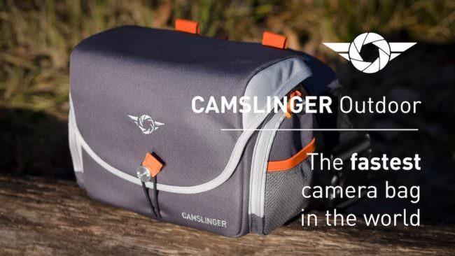 Eine Kameratasche auf einem Holzuntergrund