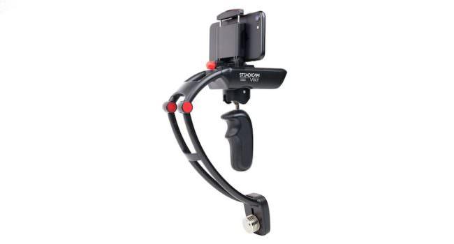 Eine Steadycam auf der ein Smartphone sitzt.