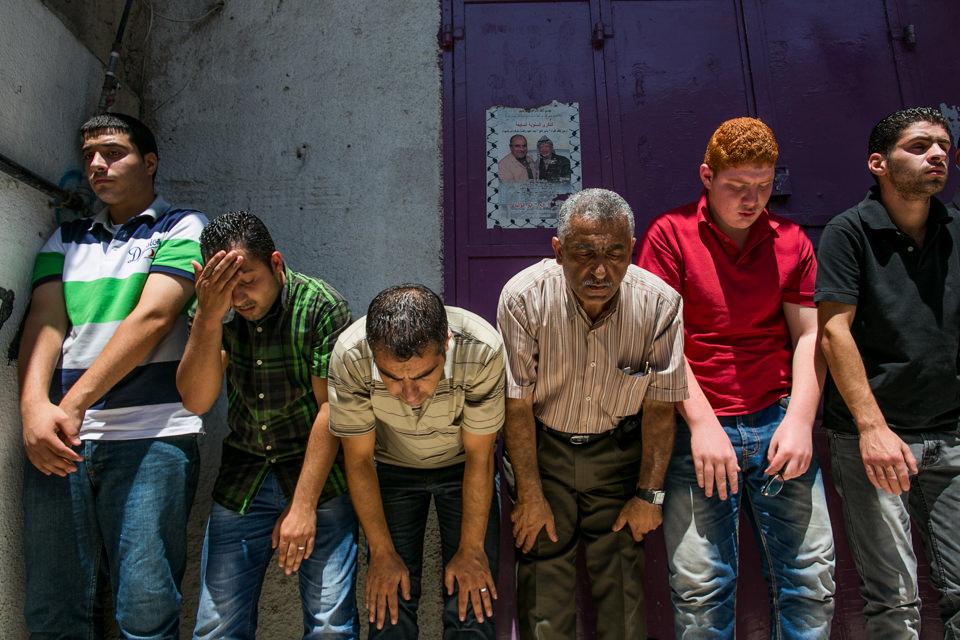 Muslime beim Freitagsgebet