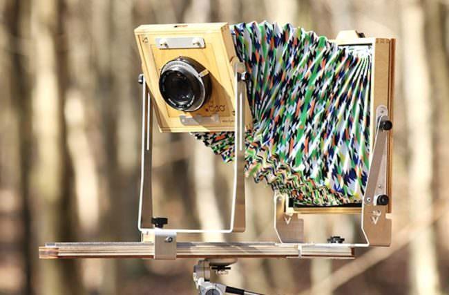 Eine Grossformatkamera aus Holz