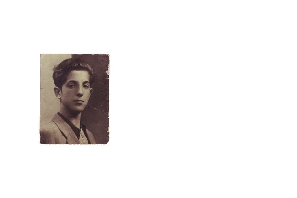 Eine alte Aufnahme eines jungen Mannes