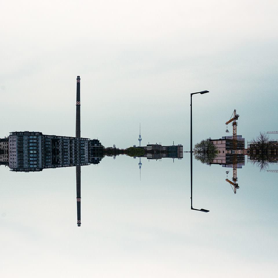 Gespiegelte Stadtlandschaft